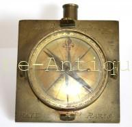 antique-compass-18th-paris