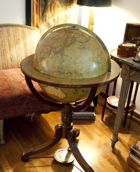 Terrestrial library globe signed Newton dated 1818 (England