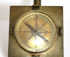 antique-compass-18th-paris